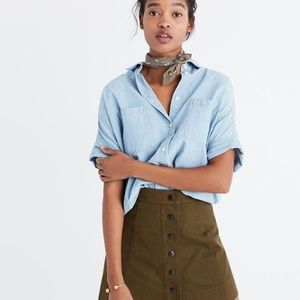 Madewell chambray courier button down XS